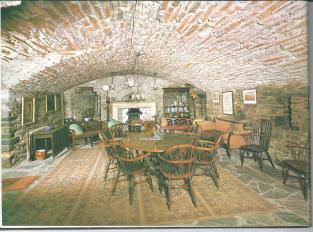 Eilean Donan Castle - 8